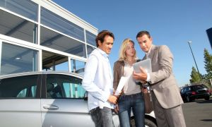 Сумма, которую следует указывать в договоре купли-продажи автомобиля в 2018 году