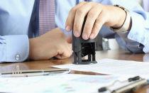 Случаи, в которых договор купли-продажи автомобиля нужно заверить у нотариуса